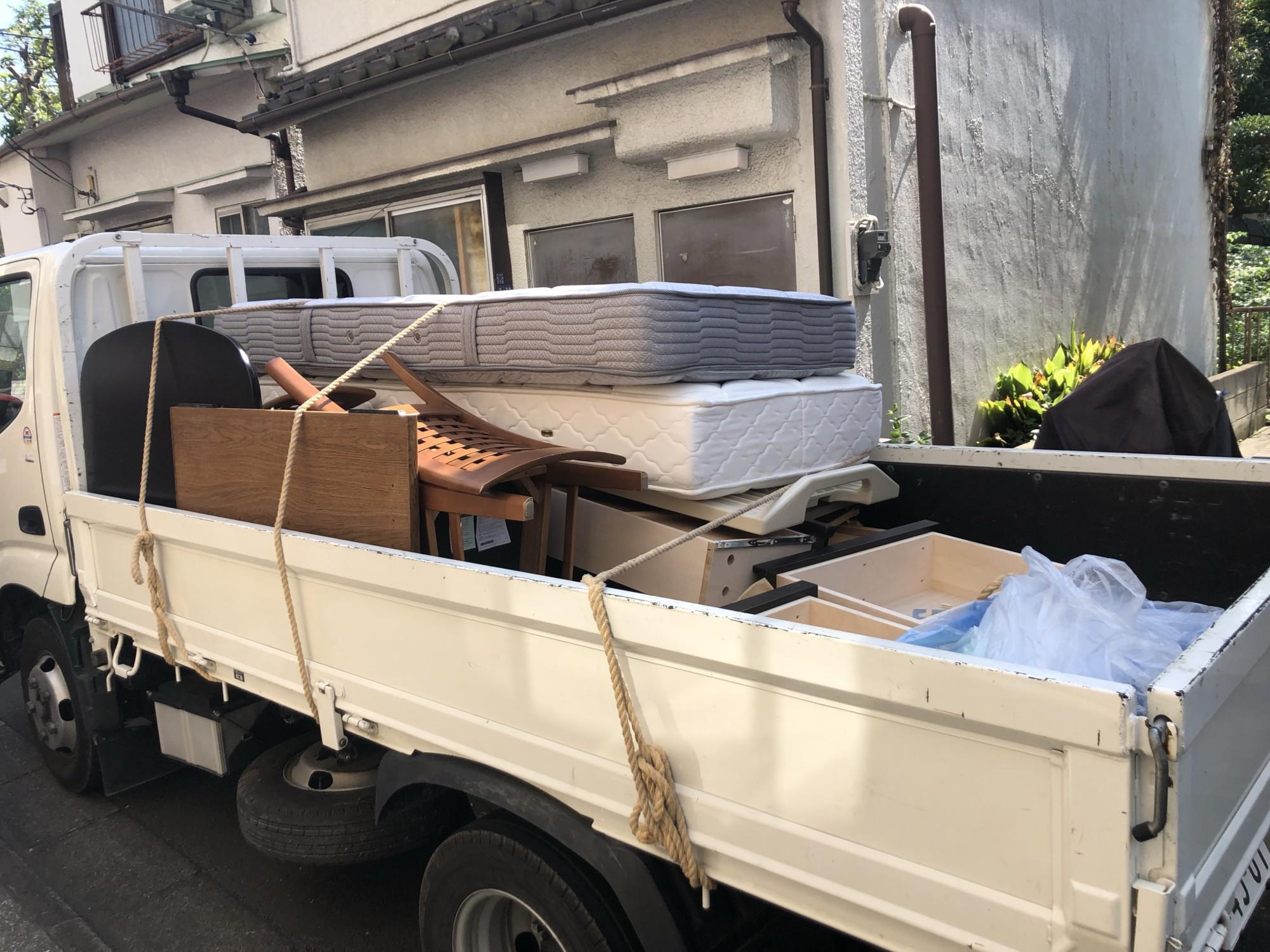 品川区大井 家具(ベッド2)回収